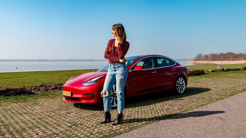 Automeisje Model 3